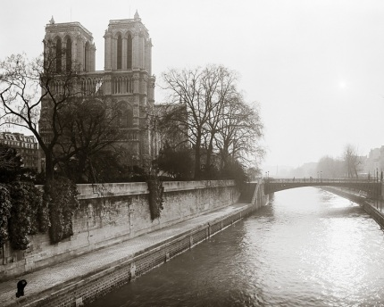 Lady by the Seine