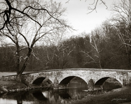 Quiet Evening on Burnside Bridge